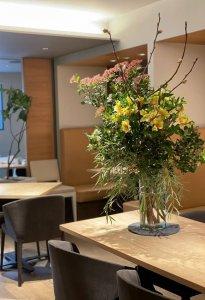 restaurant-flowerarrangement