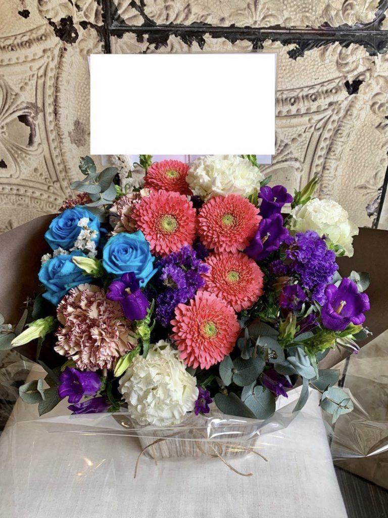 小ぶりな祝い花