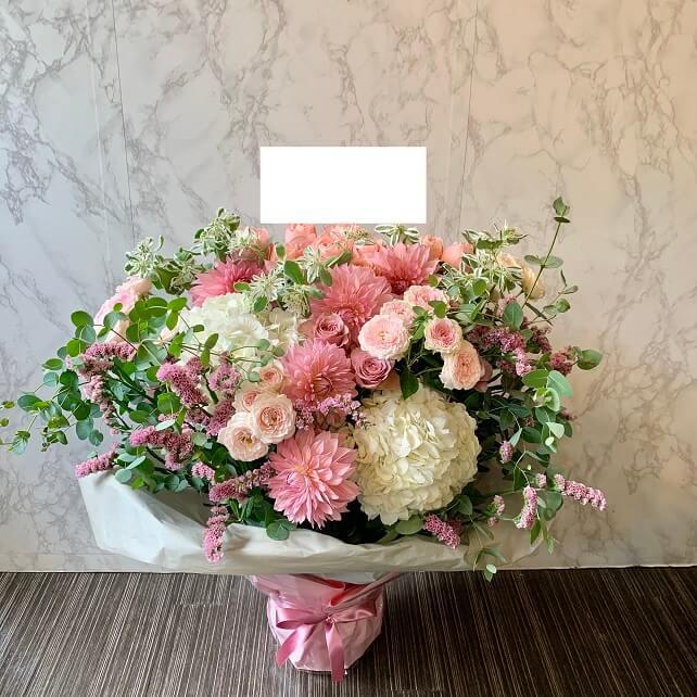 pink-flowerarrangement