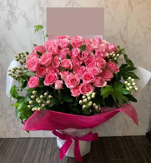 rose_pink_flowerarrangement